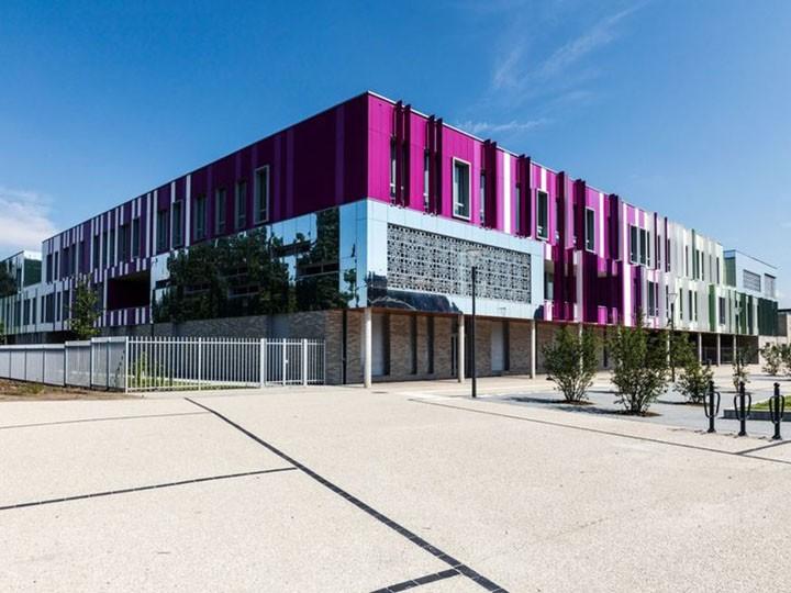 Collège DESROUSSEAUX1 720 X 540 PX