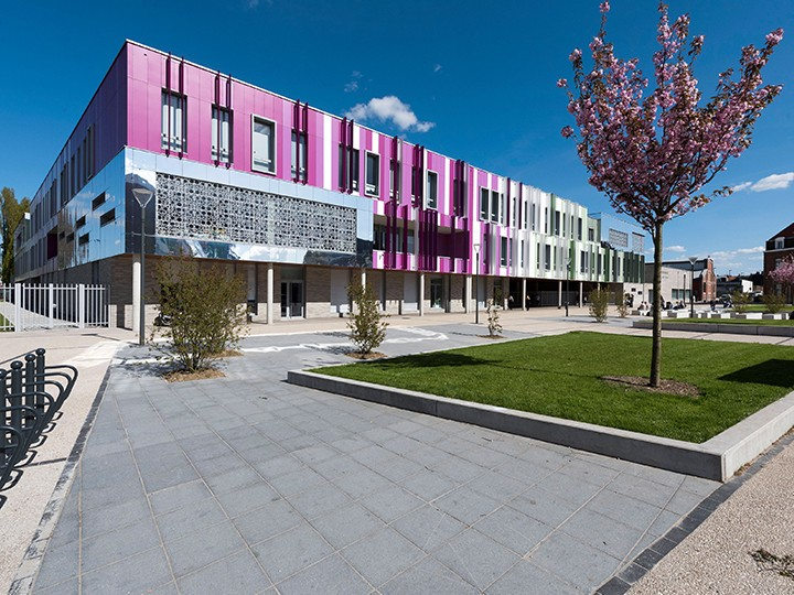 Collège DESROUSSEAUX4 720 X 540 PX